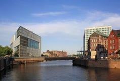νέος παλαιός αρχιτεκτονικής Στοκ εικόνα με δικαίωμα ελεύθερης χρήσης
