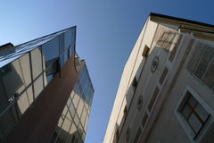 νέος παλαιός οικοδόμηση&sigm Στοκ Εικόνες