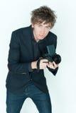 Νέος περιστασιακός αρσενικός φωτογράφος στοκ φωτογραφία