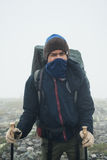 Νέος ταξιδιώτης, έφηβος με το σακίδιο πλάτης Στοκ Εικόνες