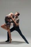 Νέος χορός ζευγών Στοκ φωτογραφία με δικαίωμα ελεύθερης χρήσης