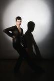 Νέος όμορφος χορευτής αιθουσών χορού Στοκ Φωτογραφίες