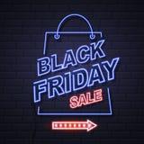 Νέου μεγάλη πώληση Παρασκευής σημαδιών μαύρη ανοικτή στο υπόβαθρο τουβλότοιχος Β ελεύθερη απεικόνιση δικαιώματος