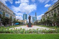 Νέο άγαλμα του Ho Chi Minh Στοκ Εικόνες