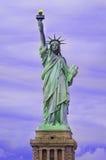 νέο άγαλμα Υόρκη ελευθε& Στοκ φωτογραφία με δικαίωμα ελεύθερης χρήσης