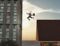 Νέο άλμα επιχειρηματιών στοκ εικόνες