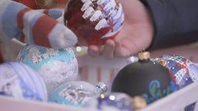 νέο έτος θέματος Το γυαλί κυλά το διαφορετικό σχέδιο απόθεμα βίντεο