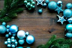 νέο έτος Χριστουγέννων ατμό Διακοσμήστε το εορταστικό χριστουγεννιάτικο δέντρο Διακόσμηση χριστουγεννιάτικων δέντρων Ζωηρόχρωμα σ στοκ φωτογραφίες με δικαίωμα ελεύθερης χρήσης