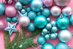 νέο έτος Χριστουγέννων ατμό Διακοσμήστε το εορταστικό χριστουγεννιάτικο δέντρο Διακόσμηση χριστουγεννιάτικων δέντρων Ζωηρόχρωμα σ στοκ εικόνες με δικαίωμα ελεύθερης χρήσης