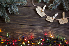 Νέο έτος, χριστουγεννιάτικο δέντρο και γιρλάντα Στοκ Εικόνα