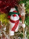 Νέο έτος ` s και Χριστούγεννα Ο εύθυμος χιονάνθρωπος Το εσωτερικό του νέου έτους Στοκ φωτογραφία με δικαίωμα ελεύθερης χρήσης