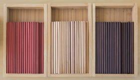 νέο αχρησιμοποίητο μολύβι στο κιβώτιο Στοκ Εικόνες