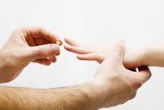 νέο δαχτυλίδι Στοκ φωτογραφία με δικαίωμα ελεύθερης χρήσης