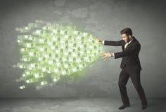Νέο επιχειρησιακό πρόσωπο που ρίχνει την έννοια χρημάτων απεικόνιση αποθεμάτων