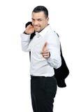 Νέο ελκυστικό επιχειρησιακό άτομο που δείχνει σε σας και που χαμογελά Στοκ εικόνα με δικαίωμα ελεύθερης χρήσης