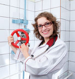Νέο θηλυκό στόμιο υδροληψίας γιατρών και πυρκαγιάς Στοκ εικόνες με δικαίωμα ελεύθερης χρήσης