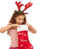 Νέο κορίτσι με μια γυναικεία κάλτσα Χριστουγέννων στοκ εικόνες με δικαίωμα ελεύθερης χρήσης
