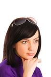 Νέο κορίτσι στα γυαλιά ηλίου Στοκ εικόνες με δικαίωμα ελεύθερης χρήσης