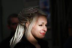 Νέο κορίτσι στην εικόνα Daenerys Targaryen Στοκ Φωτογραφία
