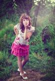 Νέο κορίτσι στη φύση Στοκ εικόνα με δικαίωμα ελεύθερης χρήσης