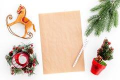 Νέο πρότυπο έτους ή Χριστουγέννων Πρότυπο για την επιστολή σε Santa, κατάλογος σχεδίων και στόχων για το νέο έτος, wishlist κοντά στοκ εικόνα με δικαίωμα ελεύθερης χρήσης