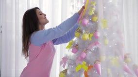 Νέο πρότυπο χριστουγεννιάτικο δέντρο διακόσμησης απόθεμα βίντεο