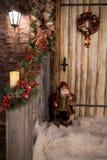 Νέο στεφάνι Χριστουγέννων έτους ` s διακοσμημένο μέρος Στοκ Εικόνα