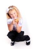 Νέο σχολικό κορίτσι στην άσπρη μπλούζα Στοκ Φωτογραφίες