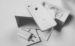 Νέο τηλέφωνο Unboxing Στοκ Εικόνες