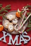 Νέο υπόβαθρο έτους ή Χριστουγέννων με τους κλάδους έλατου στοκ εικόνα με δικαίωμα ελεύθερης χρήσης