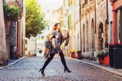 Νέο 20χρονο κορίτσι μόδας Στοκ Εικόνες