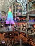 Νέο-χρωματισμένο χριστουγεννιάτικο δέντρο Στοκ Εικόνα