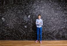 Νέο όμορφο σχολικό αγόρι Στοκ Φωτογραφία