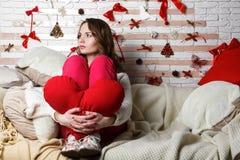 Νέο όμορφο λυπημένο κορίτσι brunette Στοκ Εικόνα