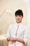 Νέο cosmetologist γυναικών Στοκ φωτογραφία με δικαίωμα ελεύθερης χρήσης
