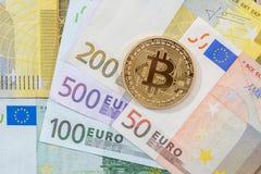 Νέο crypto νόμισμα στο ευρο- τραπεζογραμμάτιο Στοκ φωτογραφίες με δικαίωμα ελεύθερης χρήσης