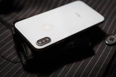 Νέο Iphone Χ έξυπνο τηλέφωνο Η νεώτερη Apple Iphone 10 Στοκ Φωτογραφία