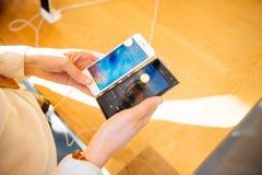 Νέο iPhone 6S και iPhone 6s συν Στοκ εικόνα με δικαίωμα ελεύθερης χρήσης