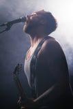 Νέο Rocker στη συναυλία στοκ εικόνες