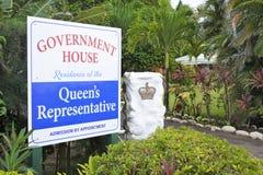 Νήσοι Rarotonga Κουκ κυβερνητικών σπιτιών στοκ εικόνα