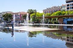 Νίκαια, Γαλλία - 19 Μαΐου 2016 - παιχνίδια νερού promenade du paillo Στοκ φωτογραφίες με δικαίωμα ελεύθερης χρήσης