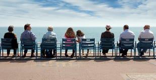 Νίκαια - οι άνθρωποι κάθονται στις καρέκλες Στοκ Εικόνες