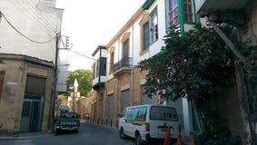 Νίκαια που φαίνεται σπίτια στοκ εικόνες