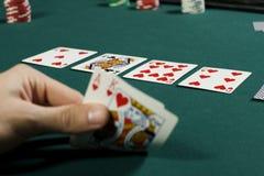 νίκη προσοχής πόκερ χεριών π& στοκ εικόνες με δικαίωμα ελεύθερης χρήσης