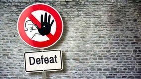 Νίκη σημαδιών οδών εναντίον της ήττας στοκ εικόνες με δικαίωμα ελεύθερης χρήσης