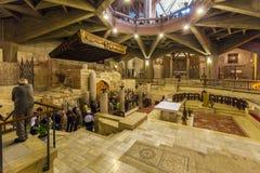 ΝΑΖΑΡΈΤ, ΙΣΡΑΗΛ - 21 ΦΕΒΡΟΥΑΡΊΟΥ 2013: Εσωτερικό Annunciation Γ Στοκ Φωτογραφίες