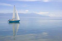 ναυσιπλοΐα βαρκών στοκ φωτογραφίες με δικαίωμα ελεύθερης χρήσης