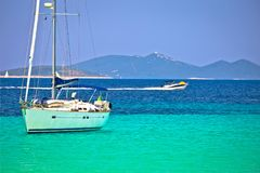 Ναυσιπλοΐα κόλπων Pahthera νησιών Otok Dugi και ιστιοπλοϊκό destinaion στοκ φωτογραφία με δικαίωμα ελεύθερης χρήσης