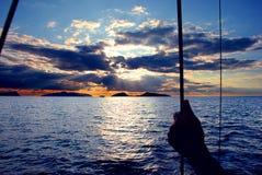 Ναυσιπλοΐα των ελληνικών νησιών στην ανατολή Στοκ Εικόνες