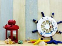 Ναυτική έννοια με τα θαλάσσια αντικείμενα τρόπου ζωής με το διαστημικό υπόβαθρο Στοκ Εικόνες